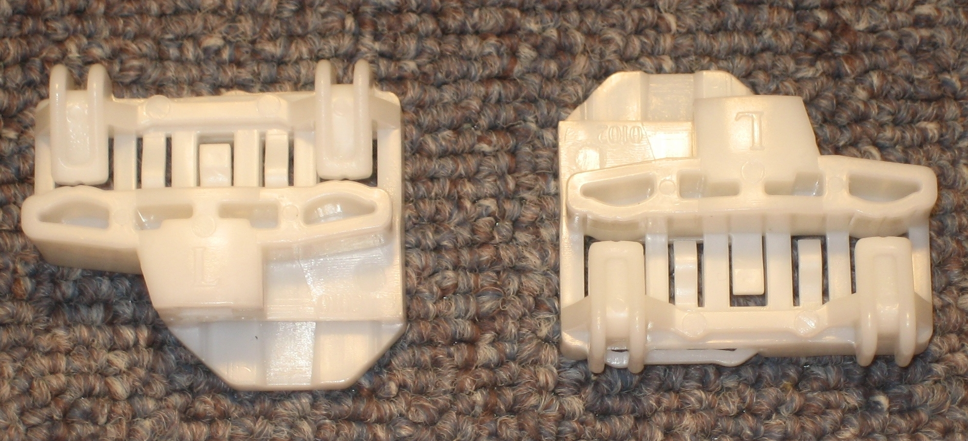 Alero/Grand Am Clips - Rear Right