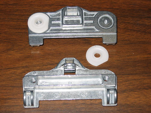 BMW 5-Series E39 Metal Clip - Rear Left (driver)